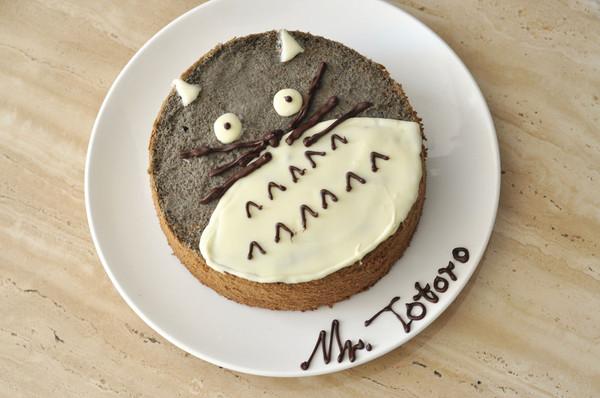 Totoro龙猫 黑芝麻戚风 (视频菜谱)