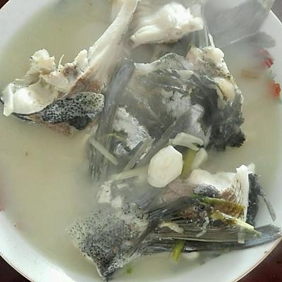 白炖鲢鱼汤