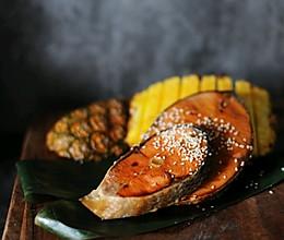 国庆70周年特别献礼-国庆家宴要出彩,慢烤菠萝照烧三文鱼的做法