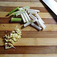 椒麻莴笋拌豆干的做法图解3