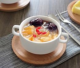 红枣雪梨银耳汤的做法