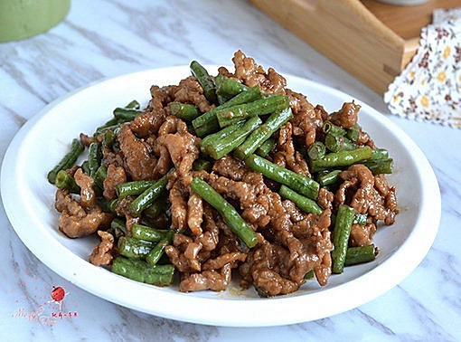 豇豆炒肉的做法