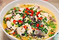 """#夏日撩人滋味#老板,给我打包一份汤都可以喝的""""酸菜豆花鱼""""的做法"""