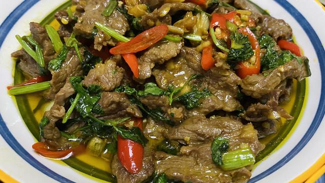 香菜炒牛肉(精华版)的做法