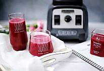 火龙果桑葚草莓果汁的做法