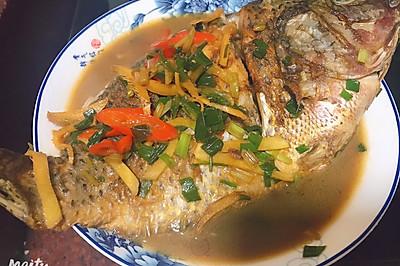 家常菜简单美味红烧罗非鱼