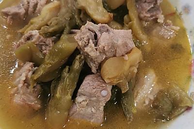 酸菜排骨汤