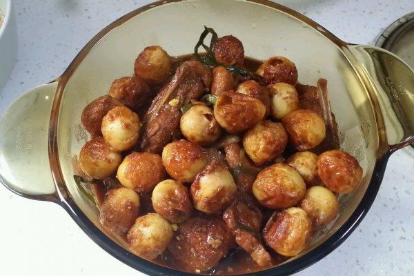 葱烤大排&虎皮鹌鹑蛋的做法