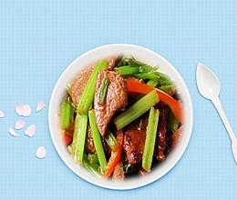 排毒餐,芹菜炒猪肝的做法