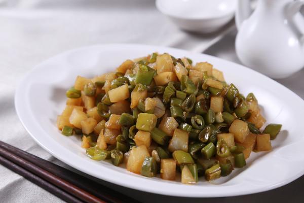 烩二丁---自动烹饪锅版菜 的做法