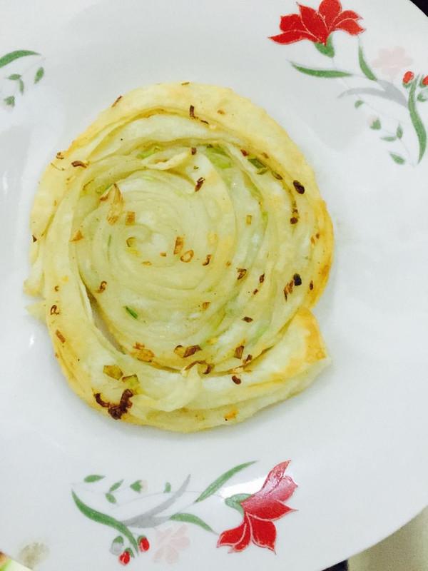 葱油金丝饼(超级简单一看就会)的做法