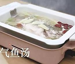 补气鱼汤的做法