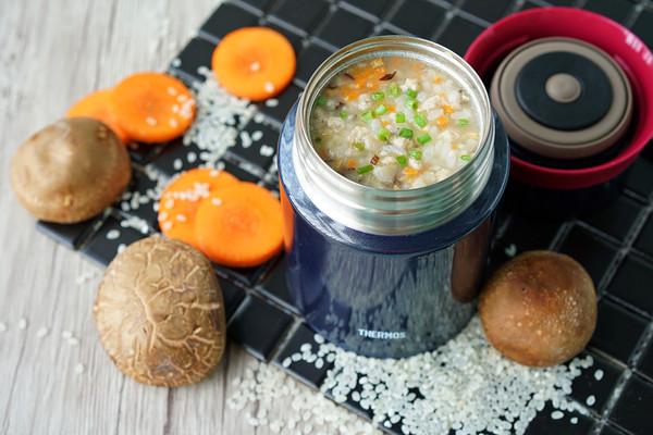 胡萝卜香菇肉末粥的做法