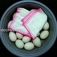 舌尖上的端午节=儿时的记忆怀旧版的咸鸭蛋的做法图解2