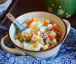 菌菇豆腐汤的做法