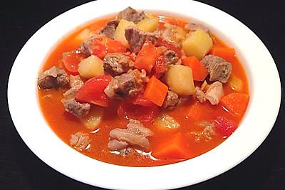 番茄土豆胡萝卜炖牛腩