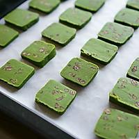 让茶韵圆你的夏日美食梦——抹茶蜜豆饼干的做法图解7