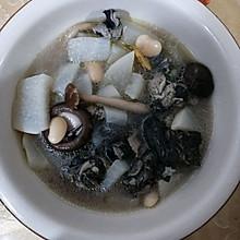 萝卜乌鸡汤