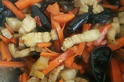 胡萝卜炒肉~健康饮食