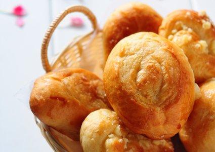 粗糖牛油面包的做法