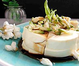 槐花拌豆腐的做法
