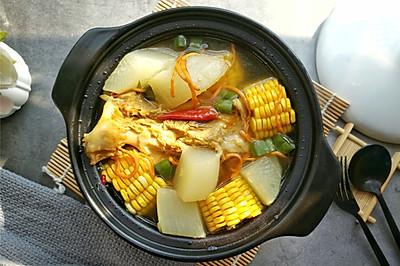 玉米萝卜扇骨汤
