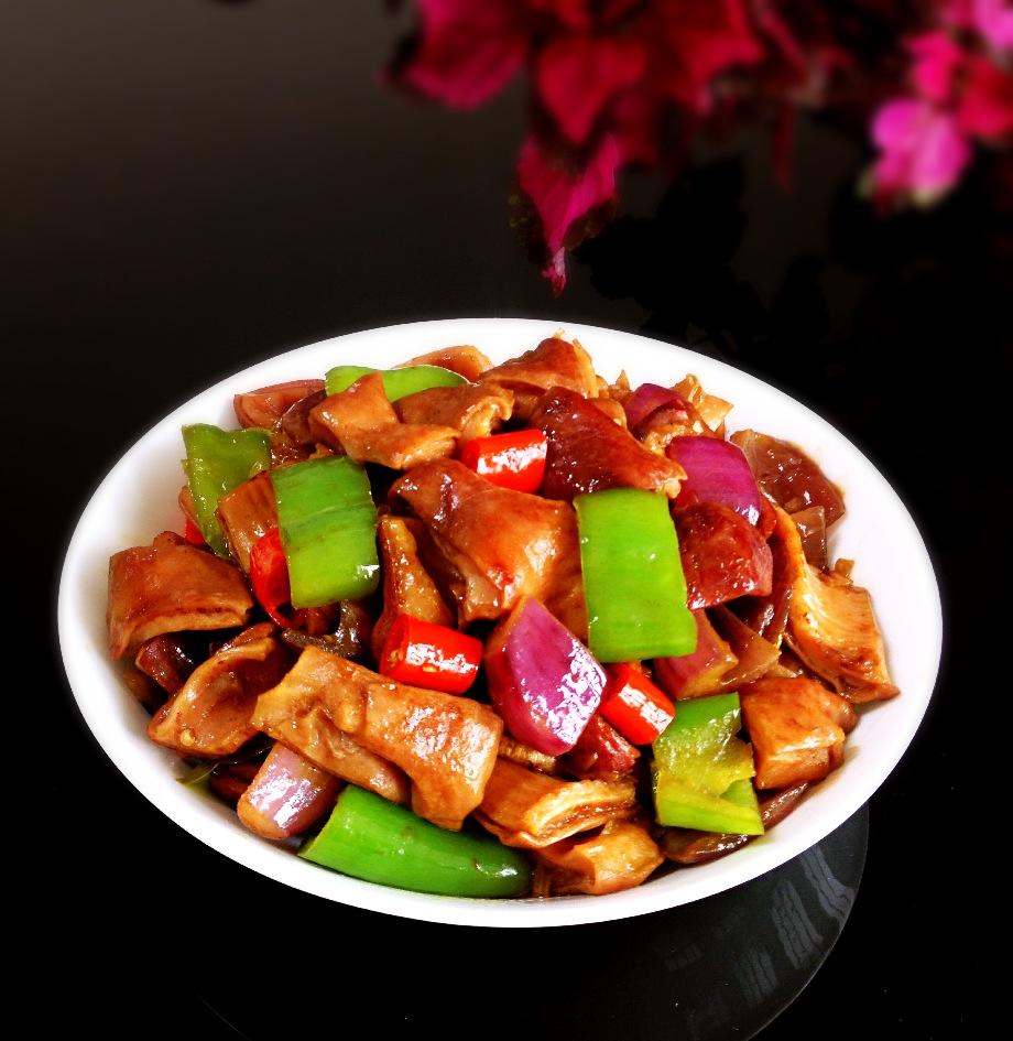 洋葱尖椒爆肚片——豆果菁选酱油试用菜谱之一