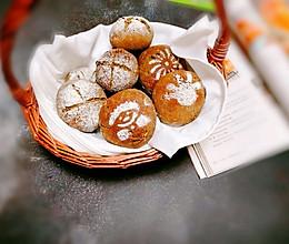 #馅儿料美食,哪种最好吃#黑麦豆沙欧包的做法