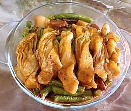 豆角焖卷子的做法