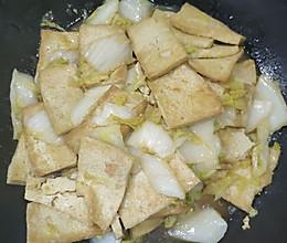 大娃娃菜炒豆腐的做法