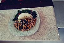 娘惹鸡肉饭+鱿鱼炒甜豆的做法