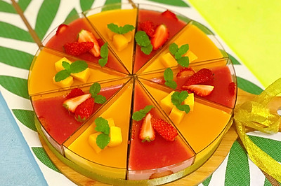 草莓芒果双拼慕斯蛋糕