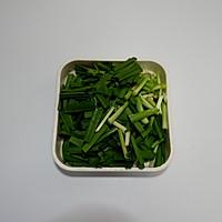 韭菜炒粉条的做法图解7