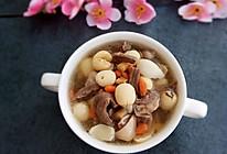 天麻党参莲子百合枸杞猪心汤的做法