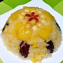 香甜的菠萝糯米饭