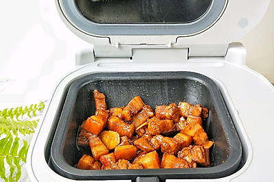 家常红烧肉 饭来炒菜机版