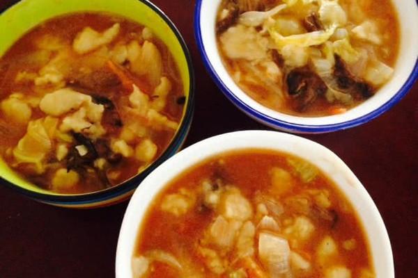 榛蘑西红柿疙瘩汤~暖暖的都是爱的做法
