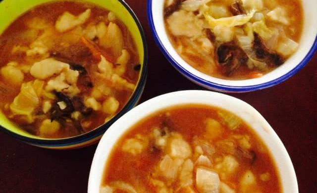 榛蘑西红柿疙瘩汤~暖暖的都是爱