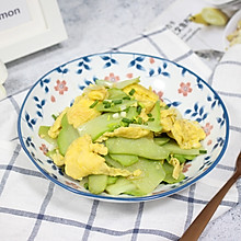 【鲜甜佛手瓜炒蛋】 #快手又营养,我家的冬日必备菜品#