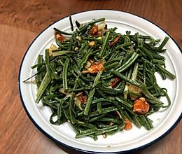 蕨菜炒荞菜的做法