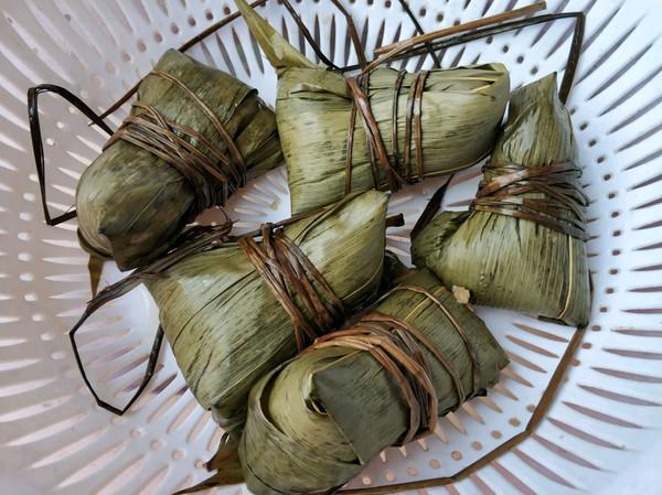 腊肠板栗粽(不喜肥肉、咸味、懒癌患者福音)的做法