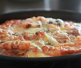8寸鲜虾培根芝士披萨的做法