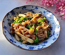 #我们约饭吧#十分钟快手菜——小炒姬菇的做法