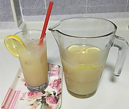 蜂蜜柠檬养乐多饮料的做法