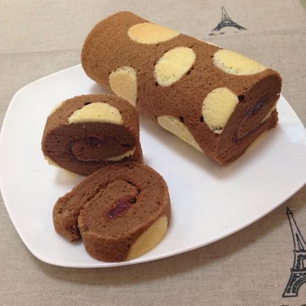 巧克力蛋糕卷~波点纹