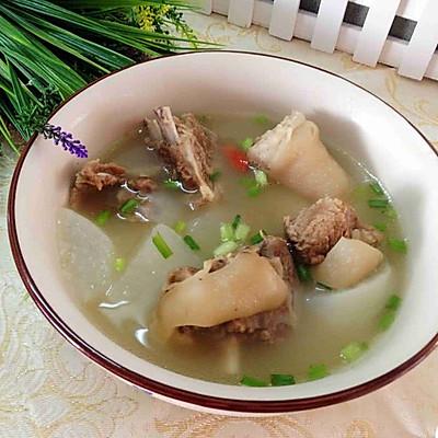 羊肉萝卜汤
