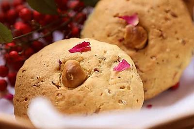 一口芳香酥至内馅的中式创意点心--【玫瑰榛子酥】