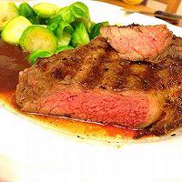 关于牛排怎么煎最好吃?详解的做法图解12