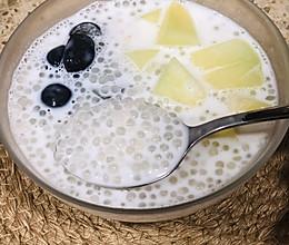 椰汁西米露的做法