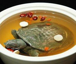 枸杞子炖甲鱼的做法